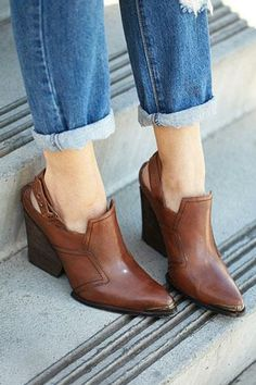 The ultimate guid to spring booties is here!