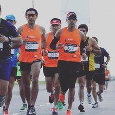 Más de 8 mil runners darán vida este domingo a la 3 Maratón Internacional de Viña del Mar. Cerca de 900 atletas irán por los 42k. Toda la info en www.maratonvina.cl @prokartpro @maratonvina @roadrunnerschile @adidasrunning #Runners #Maratón #Marathon #Running #Run #GoRun #GoRunRoadRunners
