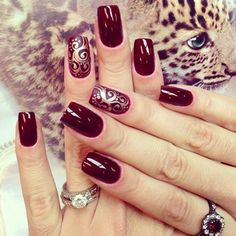 Top Trendy Burgundy Manicure Designs to Majestic Burgundy Nail Art Designs The best gallery Burgundy nails are a la mode for hundreds of years. whereas the red color may generally appear a small amount overused, burgundy still appearance r Burgundy Nail Designs, Burgundy Nail Art, Red Burgundy, Dark Red, Maroon Nails Burgundy, Red Nails, Hair And Nails, Oxblood Nails, Nagel Hacks