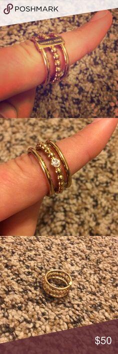 MICHAEL KORS Gold Size 7 Ring Has MIchael KORS written logo on one side and a diamond rhinestone on the other. Michael Kors Jewelry Rings #GoldJewelleryMichaelKors
