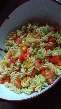 Bunter Nudelsalat ohne Mayonnaise Colorful Pasta Salad without mayonnaise 1 Chef Salad Recipes, Mexican Food Recipes, Pasta Recipes, Ethnic Recipes, Drink Recipes, Healthy Eating Tips, Healthy Recipes, Healthy Nutrition, Healthy Snacks