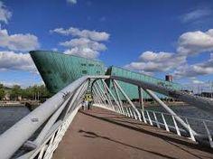 Risultati immagini per footbridge