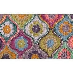 Mystical Lanterns shawl with Jamieson& Spendrift yarn Crochet Afghans, Crochet Motifs, Crochet Squares, Crochet Shawl, Crochet Yarn, Crochet Stitches, Crochet Patterns, Crochet Jumper, Love Crochet