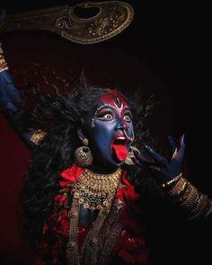 Kali Shiva, Kali Mata, Shiva Hindu, Shiva Shakti, Hindu Deities, Jay Maa Kali, Rudra Shiva, Krishna Art, Maa Kali Images