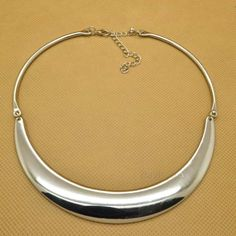 I own one similar to this but it is engraved and hinged in three places. Photoshoot, Disney, Bracelets, Places, Pretty, Silver, Jewelry, Photo Shoot, Bangles