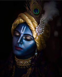 Lord Krishna DM me to get it. Radha Krishna Love, Arte Krishna, Krishna Statue, Radha Krishna Quotes, Jai Shree Krishna, Lord Krishna Images, Radha Krishna Pictures, Krishna Flute, Krishna Leela