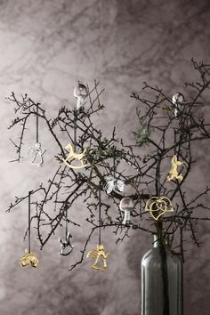 Elegant and beautiful Karen Blixen Christmas decorations. There are birds, angels and hearts in both silver and gold.