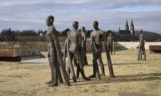 Ulice 12 českých měst zaplavilo 49 soch zmezinárodního festivalu Sculpture Line