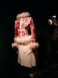 Alexander McQueen 2003 for Isabella Blow. #powerhousemuseum