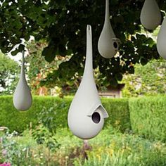 Make a diy cement balloon planter – Artofit - John Totuszynski - Garden art Make a diy cement balloon planter – Artofit - John Totuszynski - Ich Folge Ceramic Birds, Ceramic Clay, Ceramic Pottery, Ceramic Bird Houses, Cement Art, Concrete Art, Bird House Feeder, Bird Feeders, Modern Birdhouses
