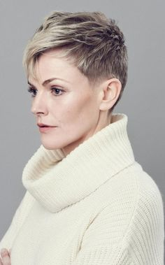 Maxine Peake: on leaving London, being old-fashioned and playing Hamlet - Telegraph Pixie Hairstyles, Short Hairstyles For Women, Pixie Haircut, Cool Hairstyles, Short Sassy Hair, Short Grey Hair, Short Hair Cuts, Pixie Cuts, Cut Her Hair