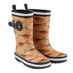 And because in our fine Netherlands we regularly have to deal with a shower, the rain boots at CarlijnQ cannot be missed this season. Fake Fur, Friend Wedding, Goldfish, Rubber Rain Boots, Prints, Shoes, Style, Fall, Kids