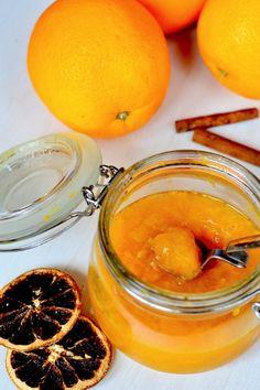 Fűszeres-vodkás narancslekvár Marmalade, Diy Food, Moscow Mule Mugs, Chutney, Macarons, Preserves, Vodka, Paleo, Spices