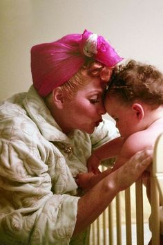 Lucille Ball with daughter Lucie Arnaz. Golden Age Of Hollywood, Classic Hollywood, Old Hollywood, Hollywood Actresses, I Love Lucy, Do Love, Lucie Arnaz, Lucille Ball Desi Arnaz, Lucy And Ricky