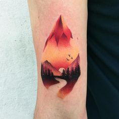 Tattoo artist Daria Stahp color silhouette tattoo