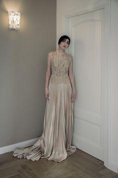Perpetual Motion – Elisabetta Delogu Bridal Designer