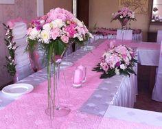 rozowe wesele, dekoracje weselne, kwiaty na slub, kompozycje kwiatowe, hortensie, dalie, eustomy