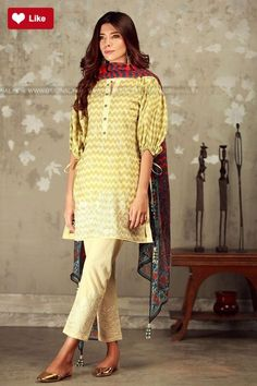 Khaadi Mid Summer 2017 Price in Pakistan famous brand online shopping, luxury embroidered suit now in buy online & shipping wide nation. Pakistani Casual Wear, Pakistani Dress Design, Pakistani Outfits, Pakistani Clothing, Indian Outfits, Stylish Dresses, Casual Dresses, Casual Outfits, Beach Wear Dresses
