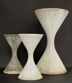 Swiss Eternit plant pots by Willy Guhl: http://www.garden-styling.ch/product_spindel