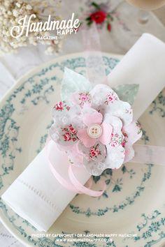 <3 <3 ADD diy www.customweddingprintables.com #customweddingprintables... wire flowers napkin rings