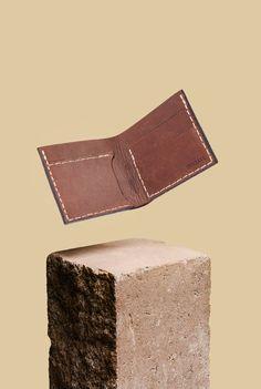 OKSSKOLTEN Handmade leather wallet por INNFALL en Etsy