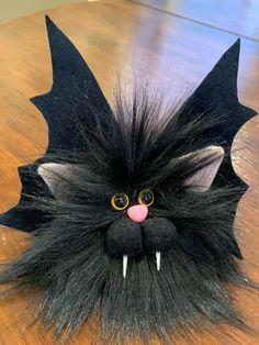 Cute Halloween Decorations, Halloween Ornaments, Halloween Boo, Outdoor Halloween, Halloween Projects, Holidays Halloween, Adornos Halloween, Monster Dolls, Christmas Gnome