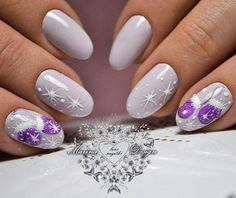 The Hottest Shattered Glass Nail Manicure Examples - Nail Design Gel Nail Art Designs, Winter Nail Designs, Christmas Nail Designs, Christmas Nail Art, Purple Christmas, Nails Design, Xmas Nails, New Year's Nails, Holiday Nails