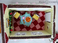 Awesome giant Gingerbread House - with inside lighting, two fully furnished floors and backyard. FREE TEMPLATE and TUTORIAL Polish Cookies, Nail Polish Art, Gingerbread, Floors, Backyard, Templates, Lighting, Nails, Awesome