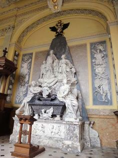 Tomb of the first Duke of Marlborough, in the chapel at Blenheim Palace