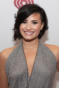 Demi Lovato's beauty, hair, and makeup looks over the years: December 2014