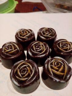 Finest Belgium Chocolate Chocolates, Belgium, Pudding, Desserts, Food, Bonbon, Candies, Tailgate Desserts, Deserts