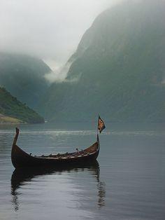 På fjorden