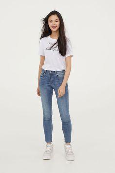 Petite Fit Super Skinny Jeans - Light denim blue - Ladies | H&M 1 Light Denim, Super Skinny Jeans, Blue Denim, Fashion Online, Lady, Fitness, Pants, Clothes, Super Skinny
