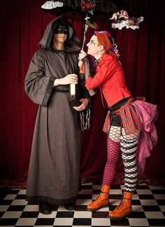 Husband and wife couple Nanna and Steamwyck made this Sandman cosplay set for last year's Carnevalsque. Dressed as Destiny and Delirium the ...