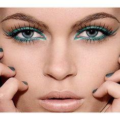 Ποιο είναι το δικό σας #καλοκαιρινο look; Αποκτήστε και εσείς ένα εντυπωσιακό #μακιγιάζ μόνο με τις υπηρεσίες του @homebeaute ! #myhomebeaute #μακιγιαζ #καλλυντικά #ομορφιά #καλοκαίρι #γυναικα
