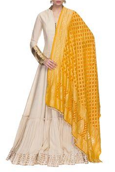 Shop Manish Malhotra - Cream gota embroidered anarkali set Latest Collection Available at Aza Fashions Manish Malhotra Dresses, Manish Malhotra Designs, Manish Malhotra Collection, Pakistani Dresses, Indian Dresses, Indian Outfits, Anarkali Dress, Indian Attire, Indian Wear