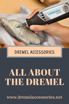 A Dremel is a high speed power tool. Consumers love the Dremel because it is very light weight and compact. It is a versatile power tool that is commonly used for wood work and crafts. Dremel Router, Dremel Drill, Dremel Rotary Tool, Dremel Bits, Dremel Tool Projects, Diy Craft Projects, Craft Ideas, Things To Do With A Dremel, Dremel Wood Carving
