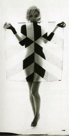 Marilyn Monroe - The Last Sitting - June 1962 for Vogue by Bert Stern black and white Bert Stern, Collage Foto, Pin Up, Bild Tattoos, Marilyn Monroe Photos, Rita Hayworth, Foto Art, Norma Jeane, Dita Von Teese