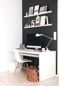 [black wall #details #homeoffice]