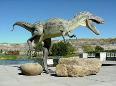 Canada Travel Features - Don't Miss The Tyrrell Dinosaur Museum in Drumheller, Alberta Canadian Travel, Canadian Rockies, Drumheller Alberta, Places To Travel, Places To Visit, Dinosaur Museum, The Parking Spot Hobby, Immigration Canada, Hobbies For Kids