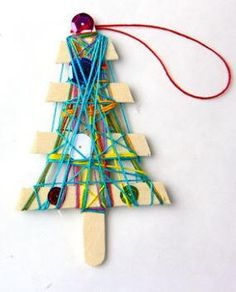 Christmas Ornament Yarn Craft for Kids   Create fun Christmas memories with this homemade ornament craft for kids!