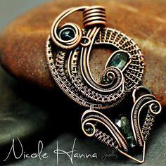 Aztec Sun, Copper and Kyanite Pendant | JewelryLessons.com