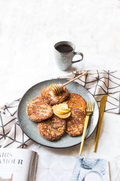 Szarlotkowe placuszki Healthy Recipes, Healthy Meals, Healthy Food, Nom Nom, Pancakes, Food Porn, Food And Drink, Gluten Free, Menu