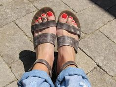 Toe Rings style pic