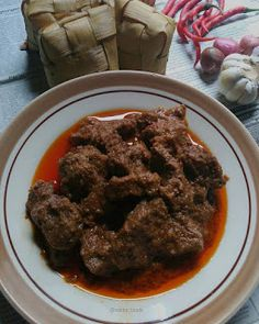 Resep Rendang Sapi Ala Rumahan By Indonesian Food, Asian Recipes, Foodies, Food And Drink, Beef, Cooking, Meat, Kitchen, Indonesian Cuisine