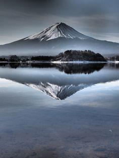 逆さ富士の画像(写真)