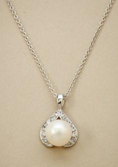 CRISLU              Pearl Pendant Necklace