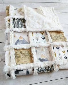 Montagne Woodland Minky Rag Quilt aventure par TheCuddlyQuilt