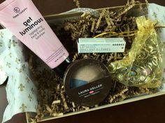January 2015 Beauty Joy Subscription Box Review + Coupon - http://mommysplurge.com/2015/01/january-2015-beauty-joy-subscription-box-review-coupon/