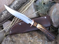 Behring Made Knives makes beautiful custom (completely handmade) hand forged scagel style knives using only the best grade steel and materials available. Made in the USA.